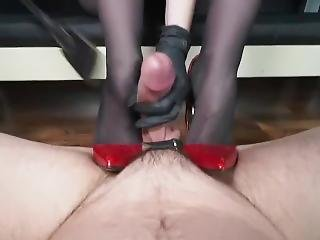 German_femdom_lady_victoria_valente_in_masterful_ruined_orgasm_and_cum_eati