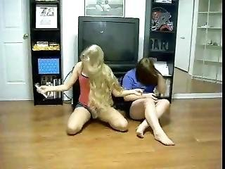 Girls Singing In Shorts