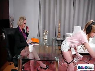 lesbisk strapping