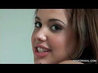 Pretty Perfet Brunette Girl