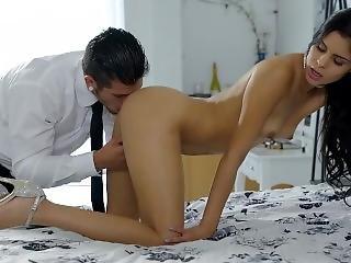 Katya Rodriguez And Her Fucking Machine