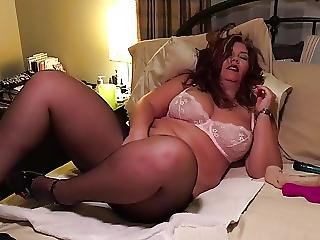 Big Titted Max The Milf Masturbating In Stockings