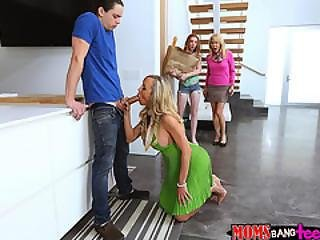 stor kuk, avsugning, college, soffa, cumshot, flexibel, fitta, Tonåring