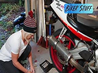 Hot Youtuber Biker Stuff - Wonderful Big Erect Nipples