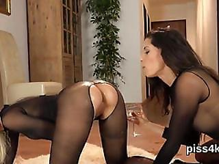 Pretty Girl Is Geeting Urinated On And Splatters Wet Vulva
