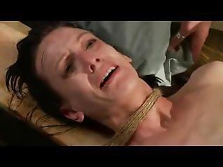 속박, 경계, 주물, 오르가슴, 단 정치 못한 여자, 작은 가슴