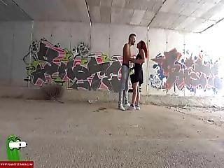 A Couple Has Oral Sex In Public Cri017