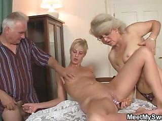 Vanha, Vanhemmat, Teini, Kolmen Kimppa
