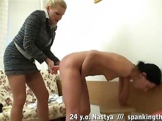 Hannah_spankingthem - 24 Y.o. Nastya