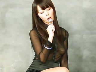 asiatica, pompini, elegante, sperma, sburrata in faccia, glamour, gloryhole, sburro, leccate, orientale, calze