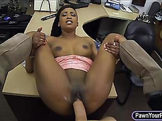 Black Girl Pawns Her Twat And Pounded For The Golf Clubs