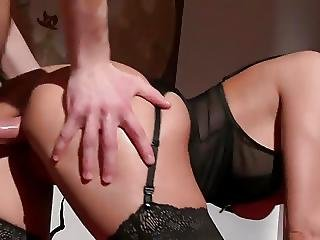 Gorgeous Milf Gets Anal
