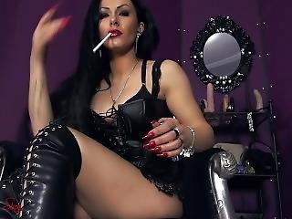 brunette, maîtresse, fumeur, solo