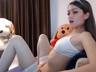 Teen Camgirl Masturbates For You Moaning Camgirlsamateur(dot)com