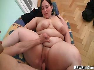 Deep Pussy Therapy For Big Belly Plumper