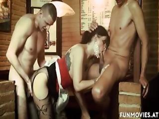 ερασιτεχνικό, ξανθιά, μελαχροινή, γερμανικό, ομαδικό σεξ, milf, δημόσια, φύλο, teasing, σερβιτόρα