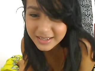 Beautiful Young Indian Desi Webcam Girl