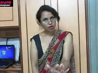 Indian Aunty Teaching Sex-www.natalyadsouza.co.in