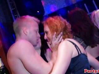 Amateur Sluts Sucking And Wanking Strippers
