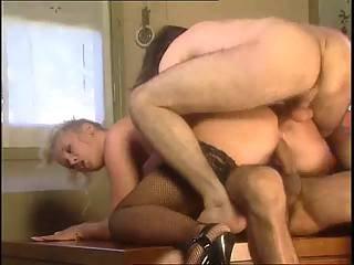 Sexy bondage naken bestemor