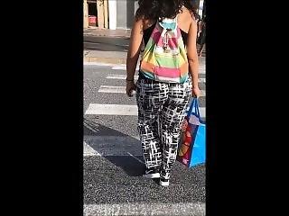So Juicy Bubble Bouncy Booty Girl. Candid Hot Jiggly Ass Walking In Public!
