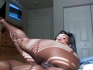Sexy Ebony Doing Strip Tease