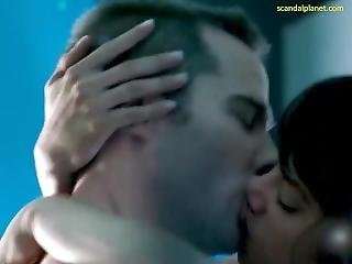 Hannah John-kamen Sex Scene In Killjoys Scandalplanetcom