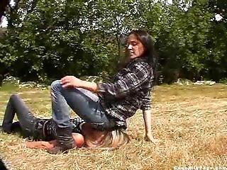 S'asseoir Sur La Tête, Fétiche, Jeans