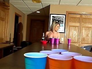 Nikki Sims-beer Pong 2_09.02.2018