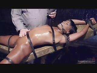 bondage, brunette, dongeon, ébène, star du porno, Ados