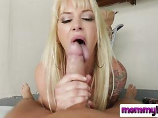 Passionate Blowjob From A Seductive Blonde Milf