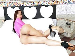 Lovely Shemale Kalliny Loves Anal Sex