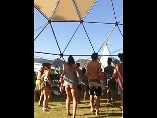 Uk Dancing Arse
