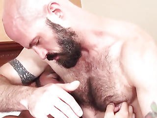 Bearded Bears Bareback And Blow In Trio