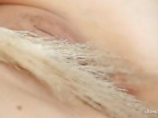 Monroe-petite Blondie-full Hd