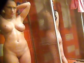 Baby With Big Tits And A Gorgeous Body Takes A Shower