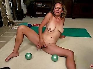 Jade Allan Yoga Milf