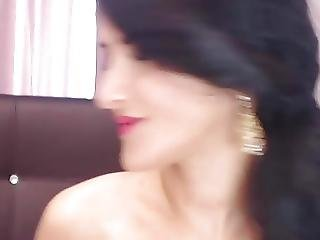 Pretty Russian Babe Playing Her Pussy On Cam