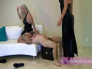 2,mean Girls Facesitting In Latex Dresses