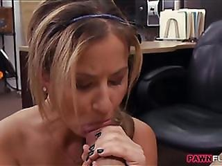 Pretty Waitress Gets Screwed By Pawn Man For Additional Tip