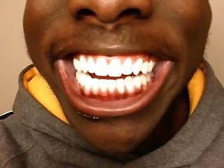 Black Guy Makes Funny Instagram Toothbrush Ad (otobrush)