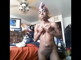 Ugly Ebony Chick Playing With Her Fat Clit For Me