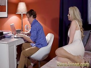 Dane Jones Big Tits Housewife In Stockings And Suspenders De