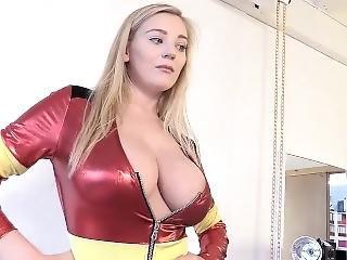 amatør, babe, stort bryst, sexet, alene, uniform