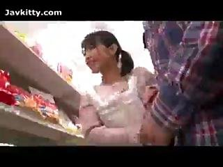 Japanese Girl Give Blowjob In The Store Aldiway