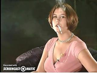Barna, Dohányzás, Fiatal