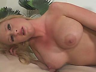 Jungle Fever Pounds Milf With 8 Inches