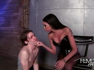Raven Bay - Modified Bitch Milking