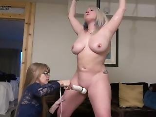 Sexxxybunny Made To Orgasm.