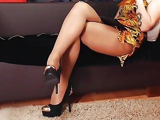Girl In Pantyhose Footplay
